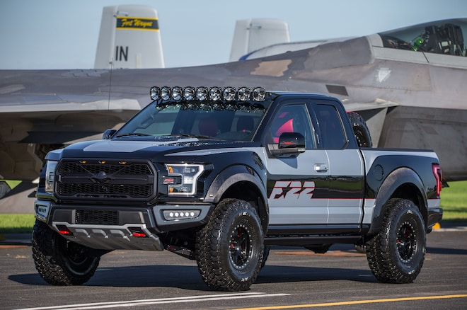 Ford F 22 F 150 Raptor Front Three Quarters