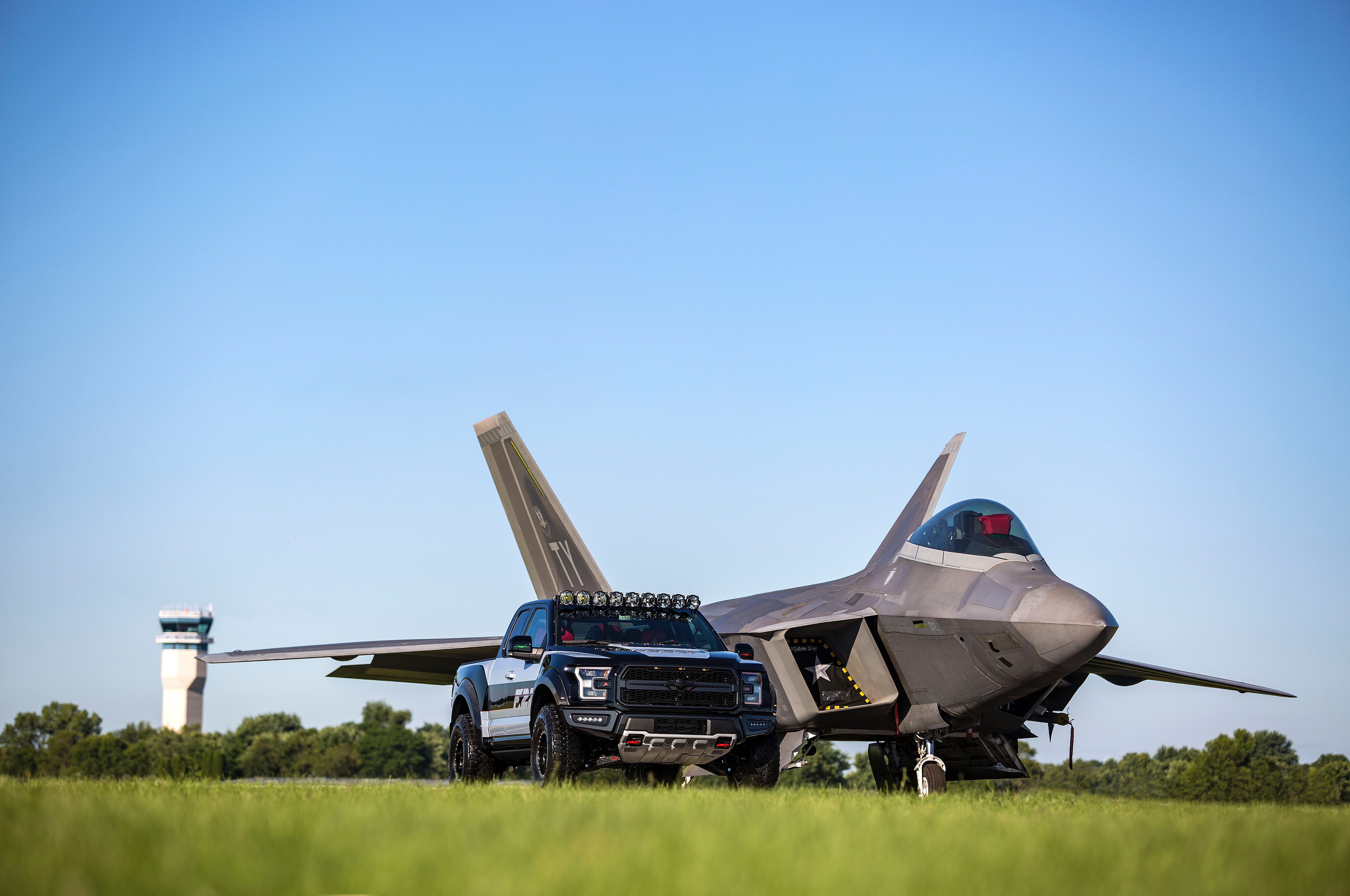 Ford F 22 F 150 Raptor With Fighter Jet
