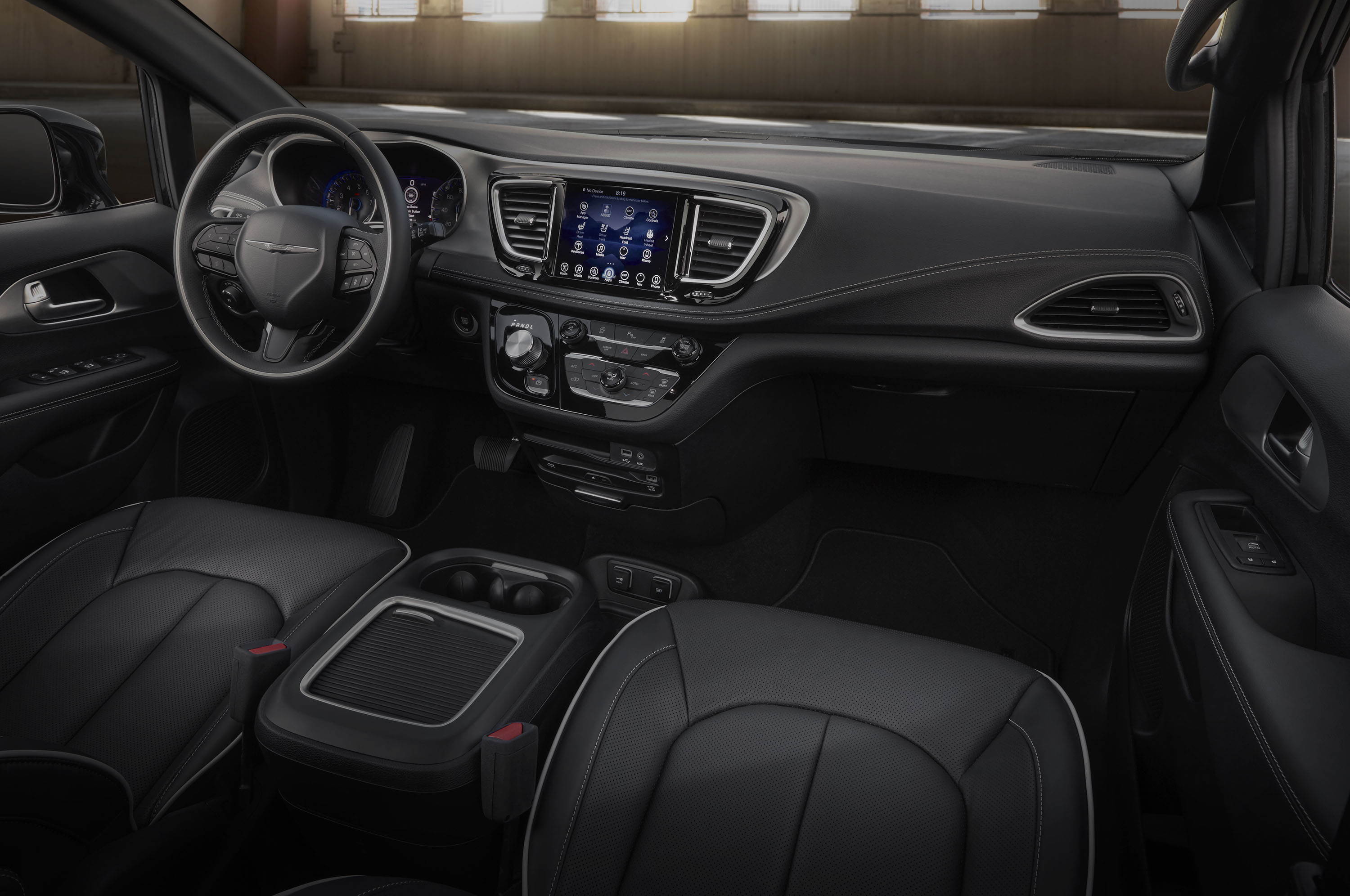 2018 Chrysler Pacifica Adds S Appearance Package Automobile Magazine