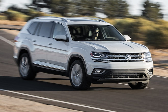 2018 Volkswagen Atlas Front Three Quarter In Motion 00