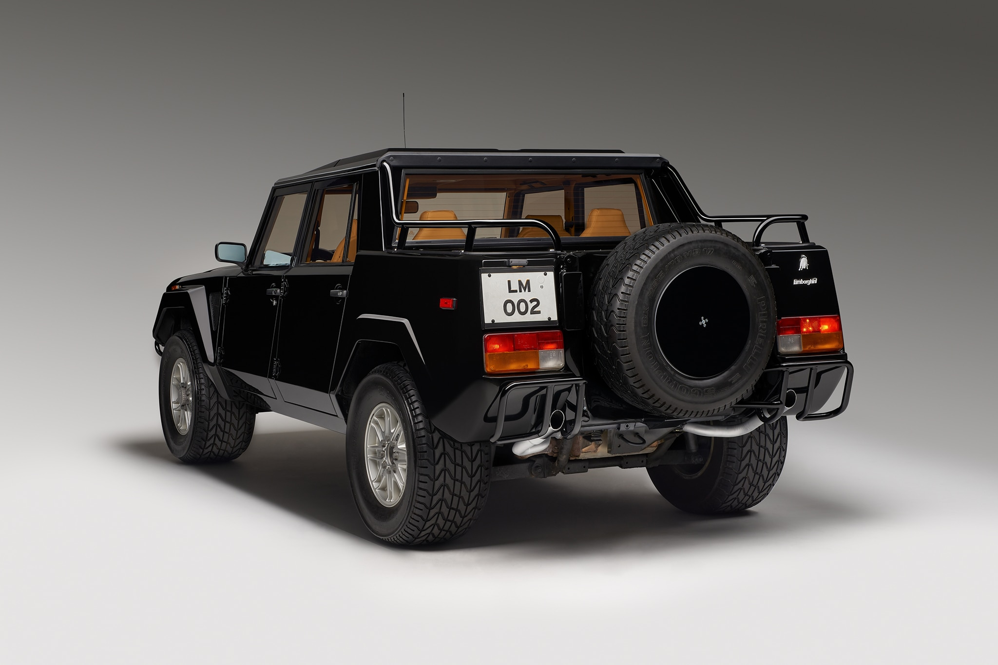 1986-1993 Lamborghini LM002 - Luxury SUV Review - Automobile Magazine