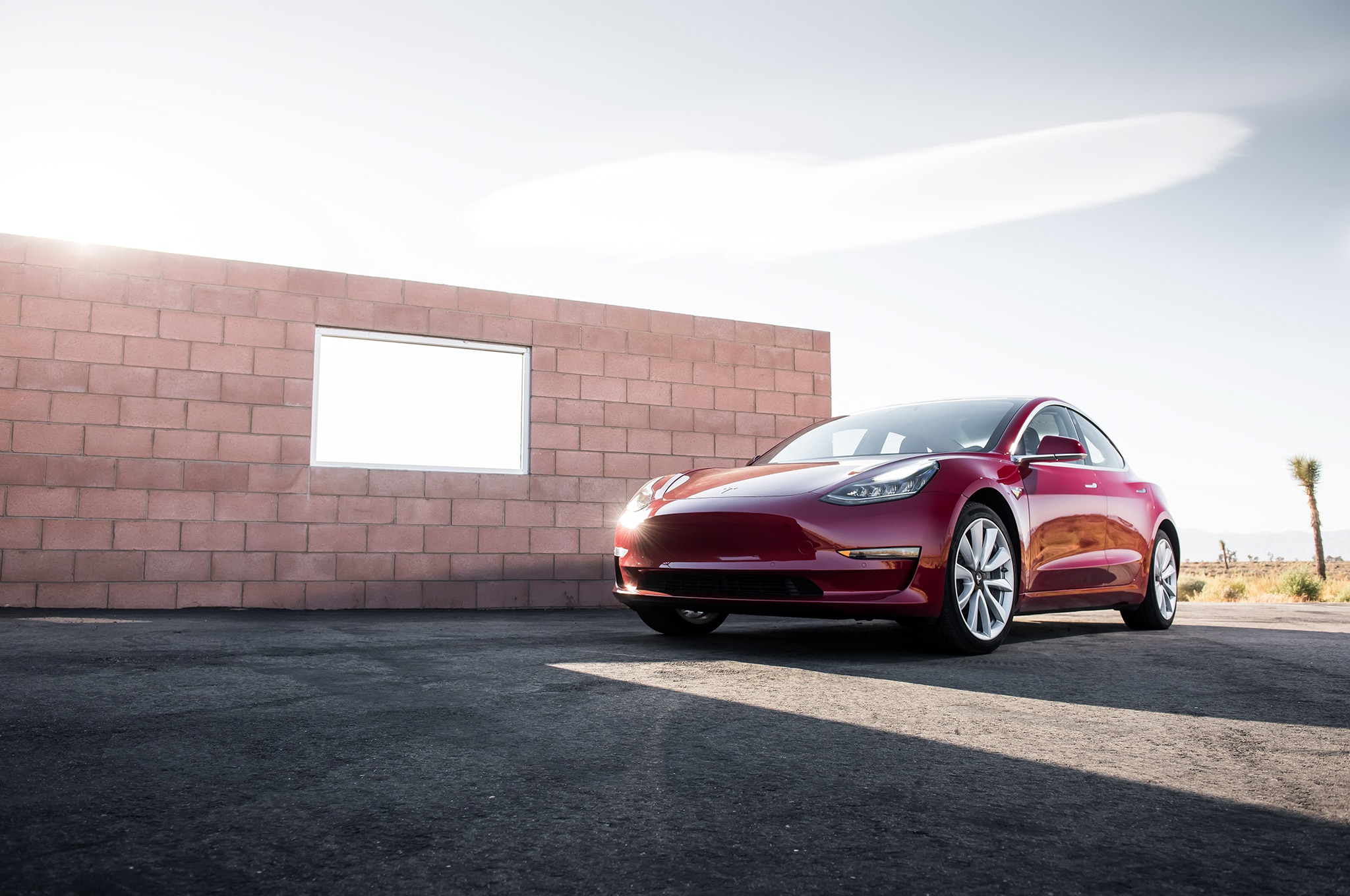 2017 Tesla Model 3 Front Three Quarter 01