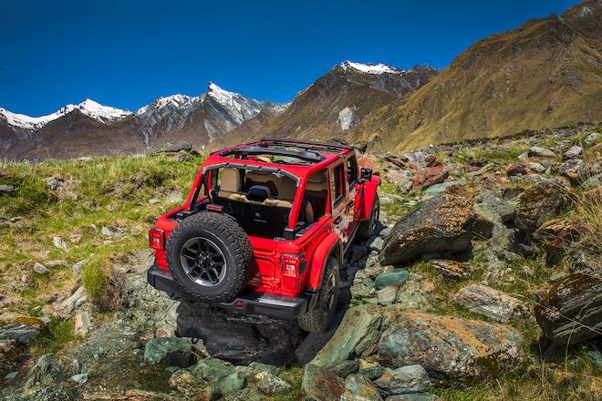 2018 Jeep Wrangler Rubicon First Drive Review | Automobile Magazine