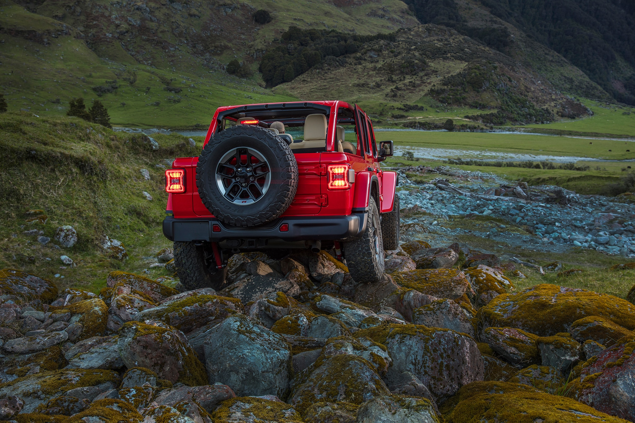 2018 Jeep Wrangler Rubicon First Drive Review | Automobile