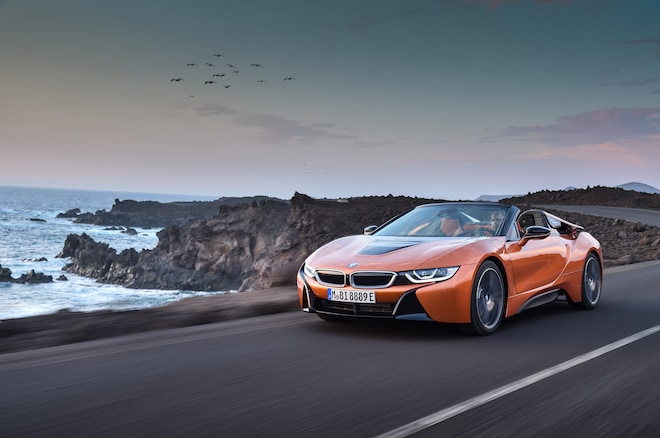 2019 BMW I8 Roadster Front Three Quarter In Motion 02