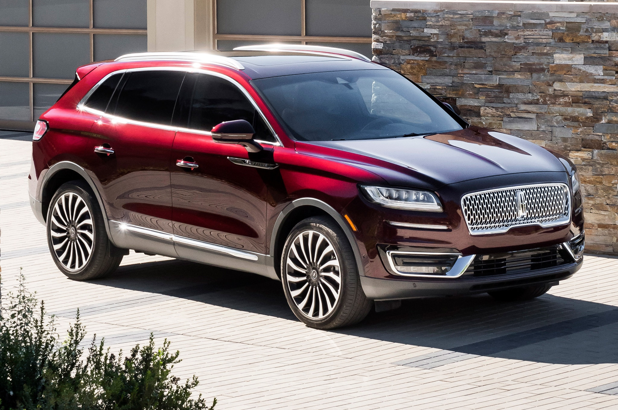 2019 Lincoln Nautilus Priced From 41 335 Automobile Magazine