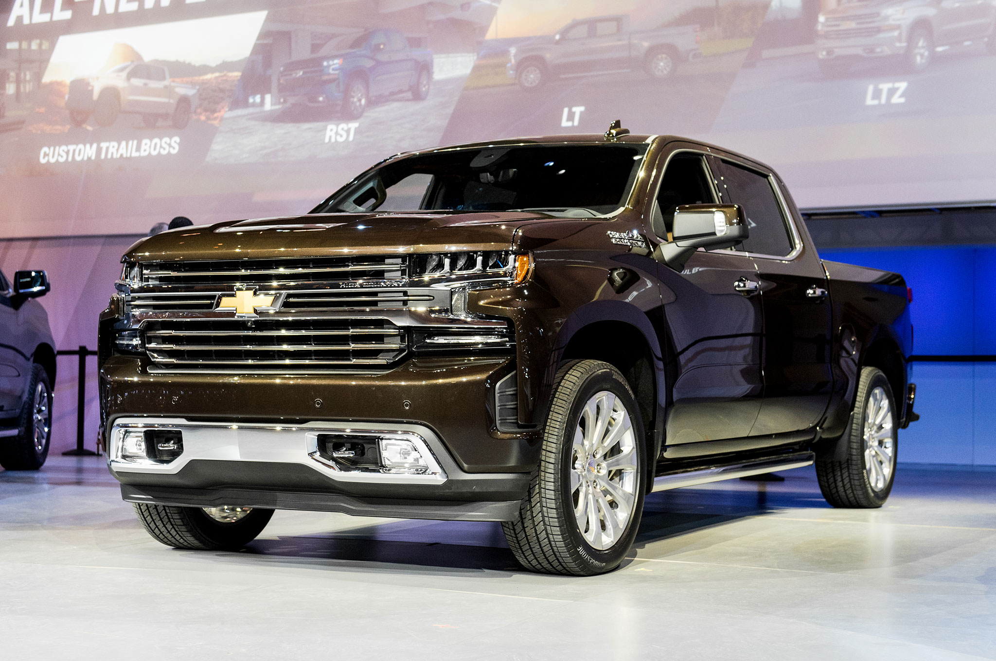 12 Cool Things About The 2019 Chevrolet Silverado Automobile Magazine