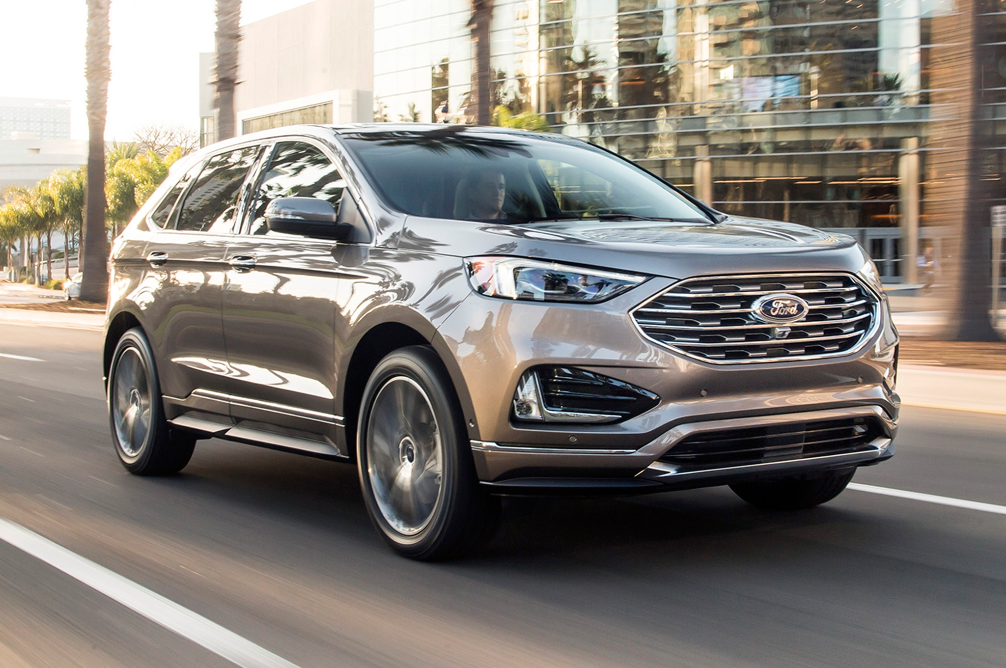 Ford Edge Titanium Elite Package Debuts In Chicago
