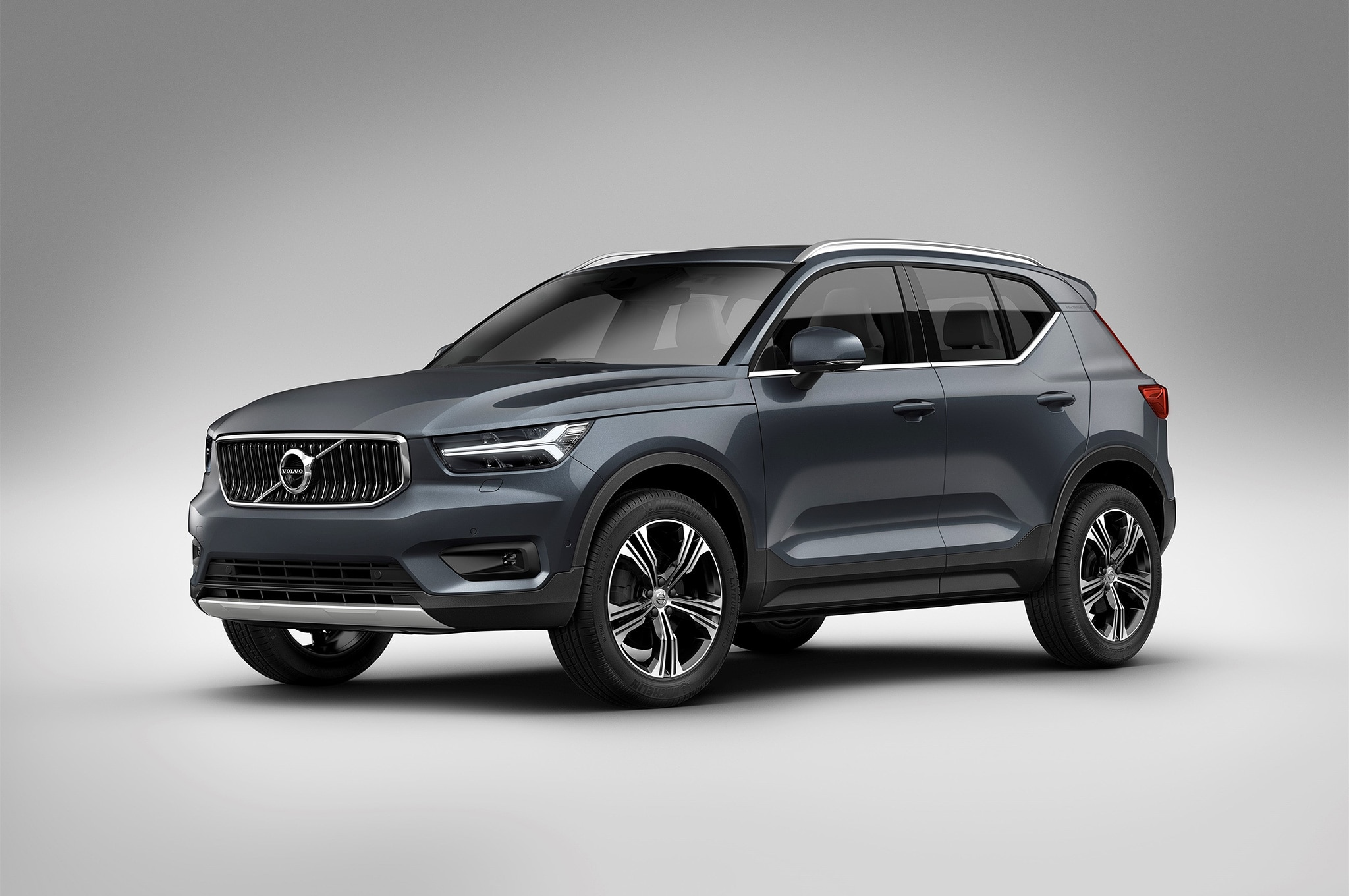 Volvo Xc40 Getting All Electric Variant And Inscription Model