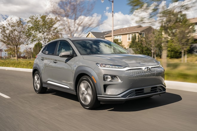 2019 Hyundai Kona Electric Front Three Quarter In Motion 06