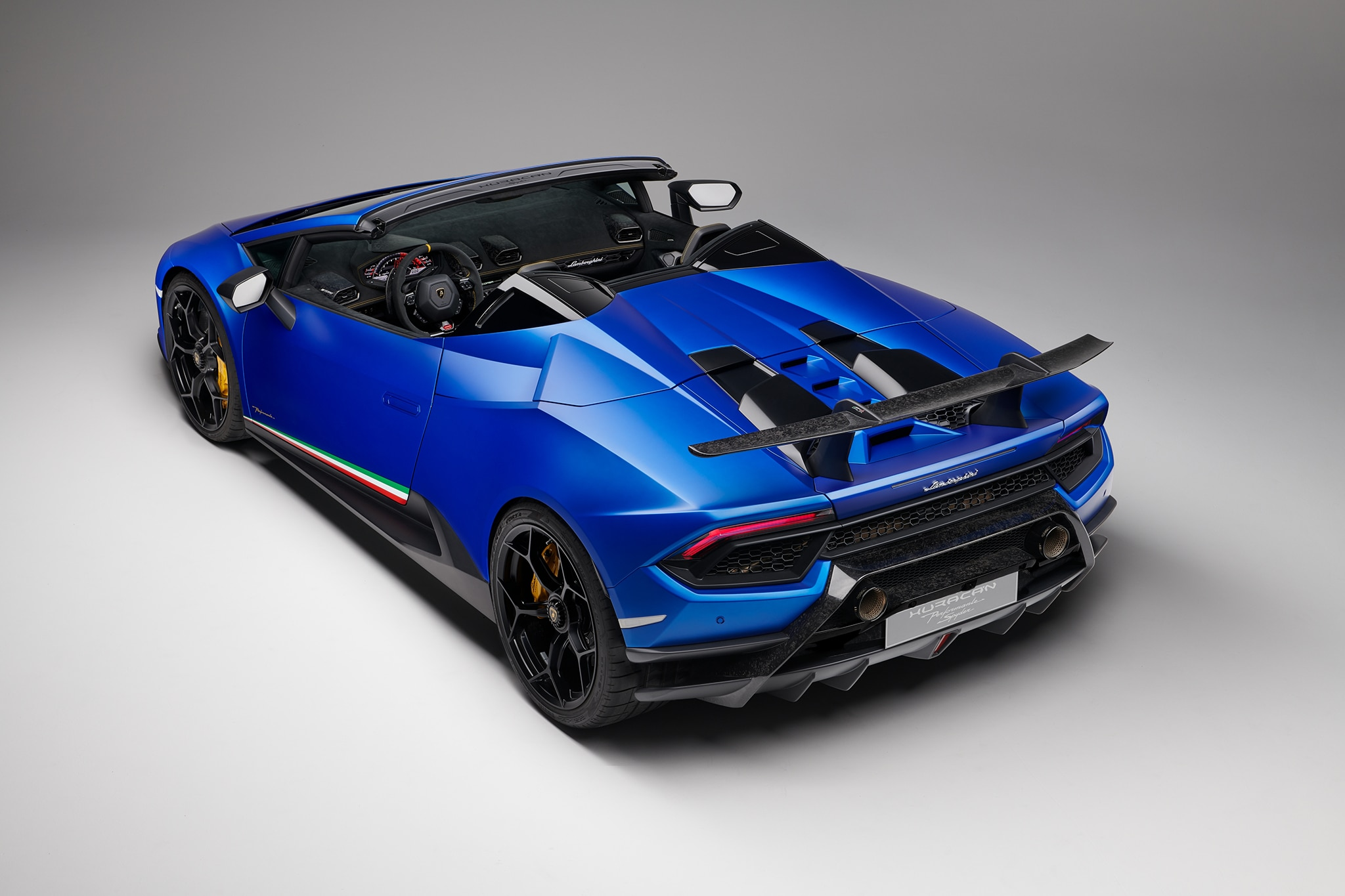 Lamborghini Huracan Performante Spider Review It S Cranked Up To 12