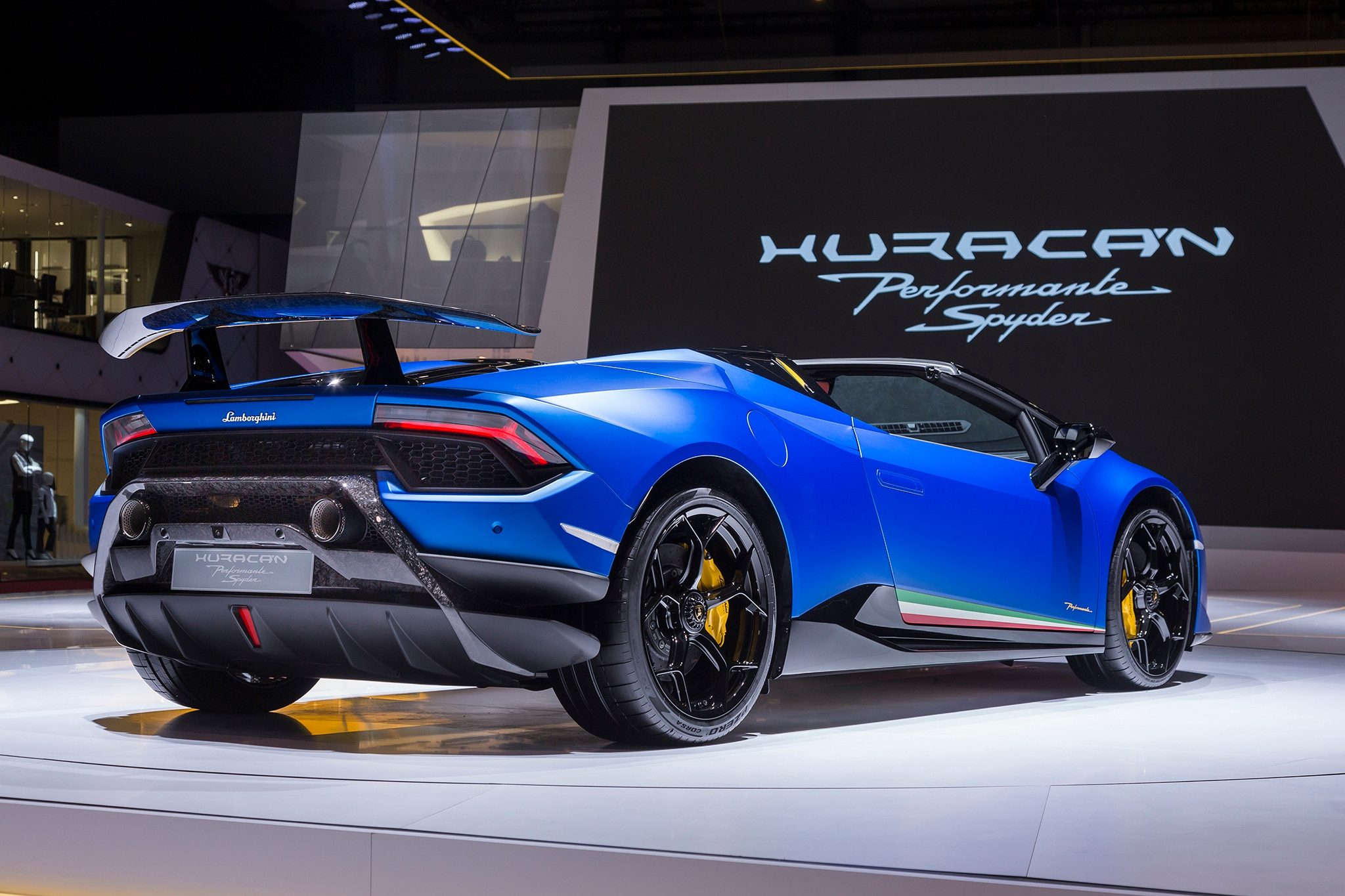 Lamborghini Huracan Performante Spyder Coming This Summer For