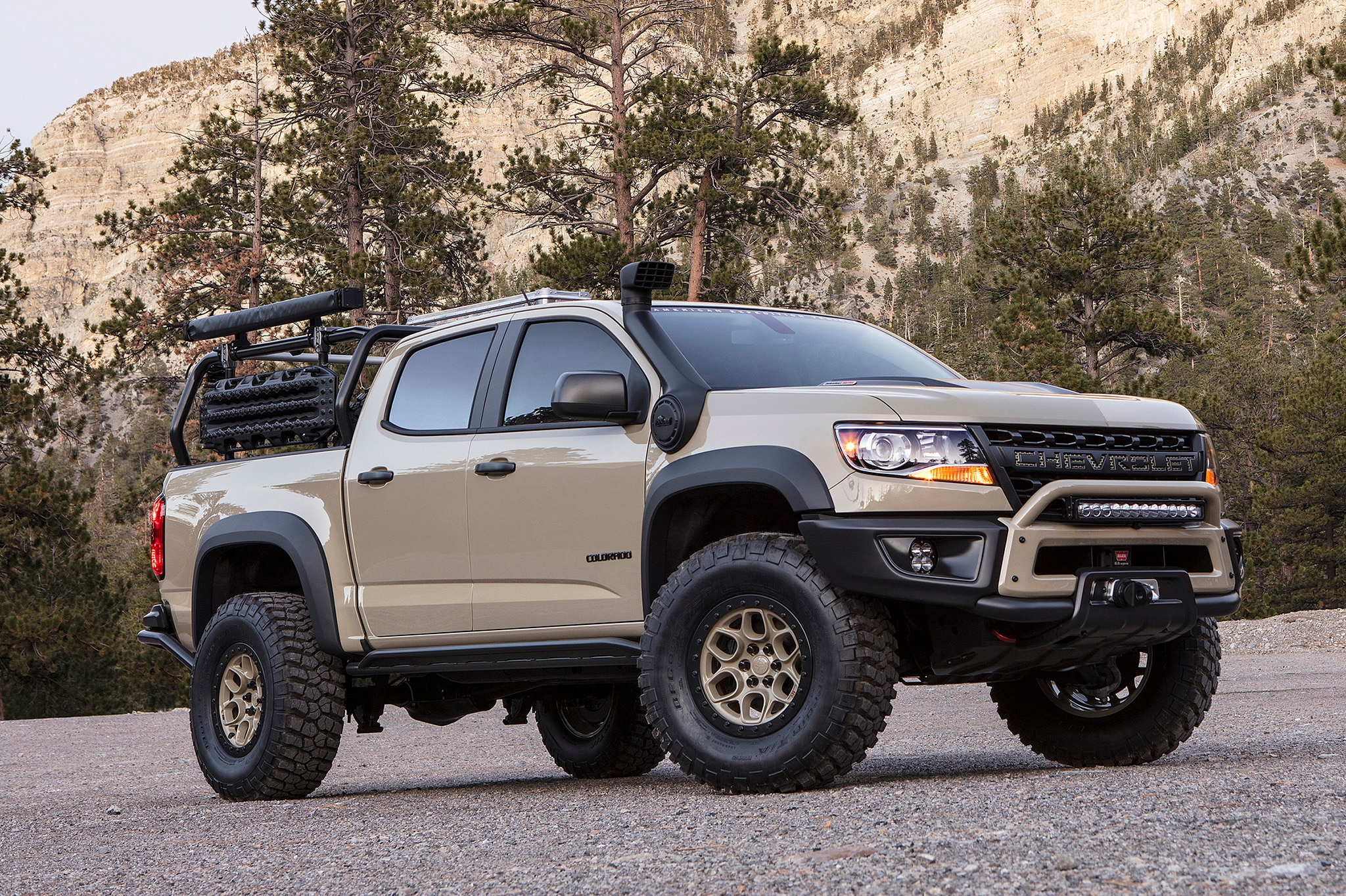 2017 SEMA Chevrolet Colorado ZR2 AEV 001