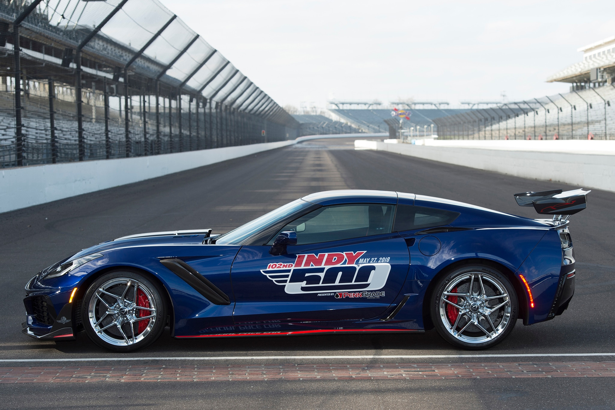2018 indy 500 to be paced by 2019 chevrolet corvette zr1