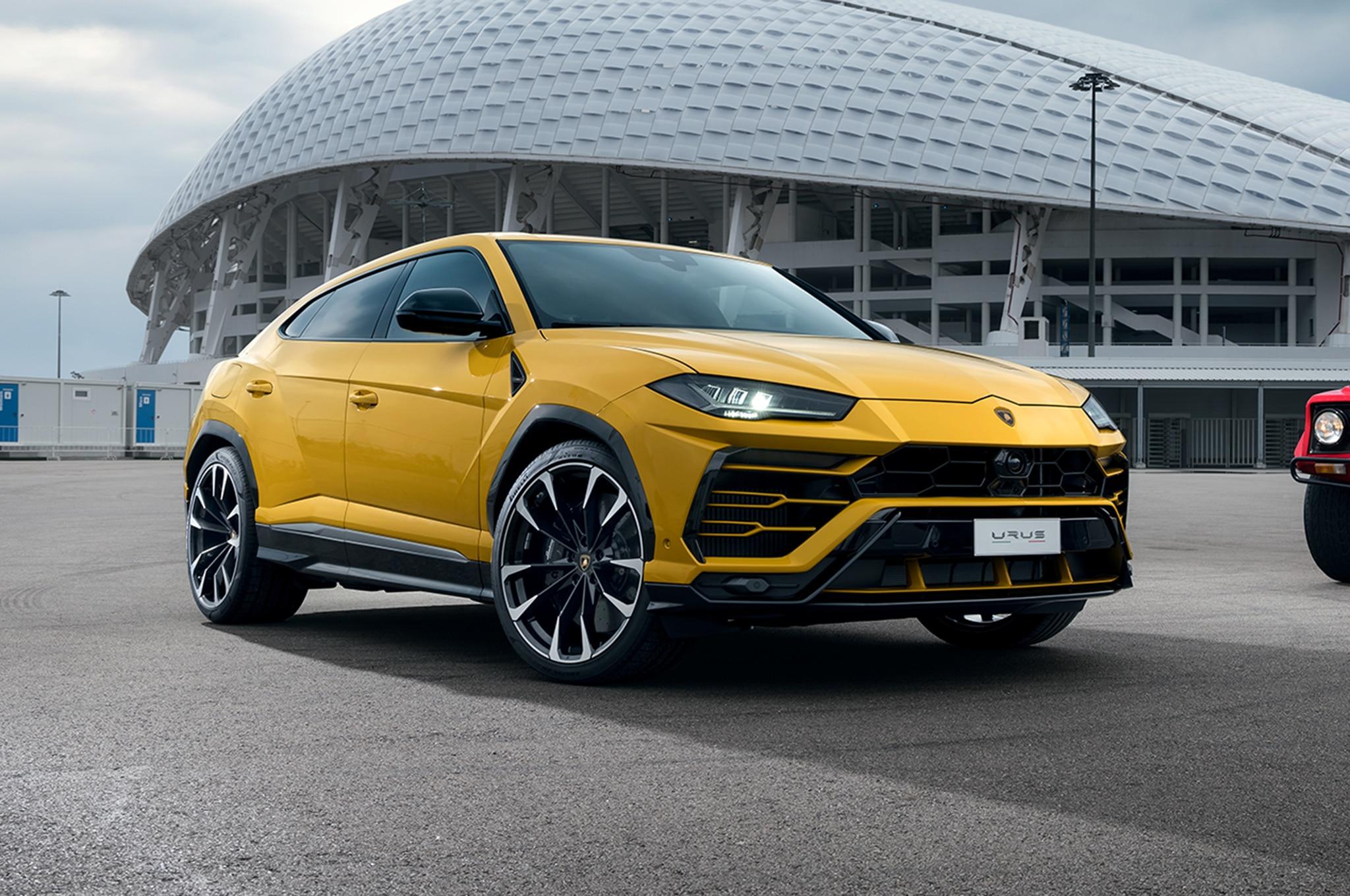 2019 Lamborghini Urus First Drive Review | Automobile Magazine