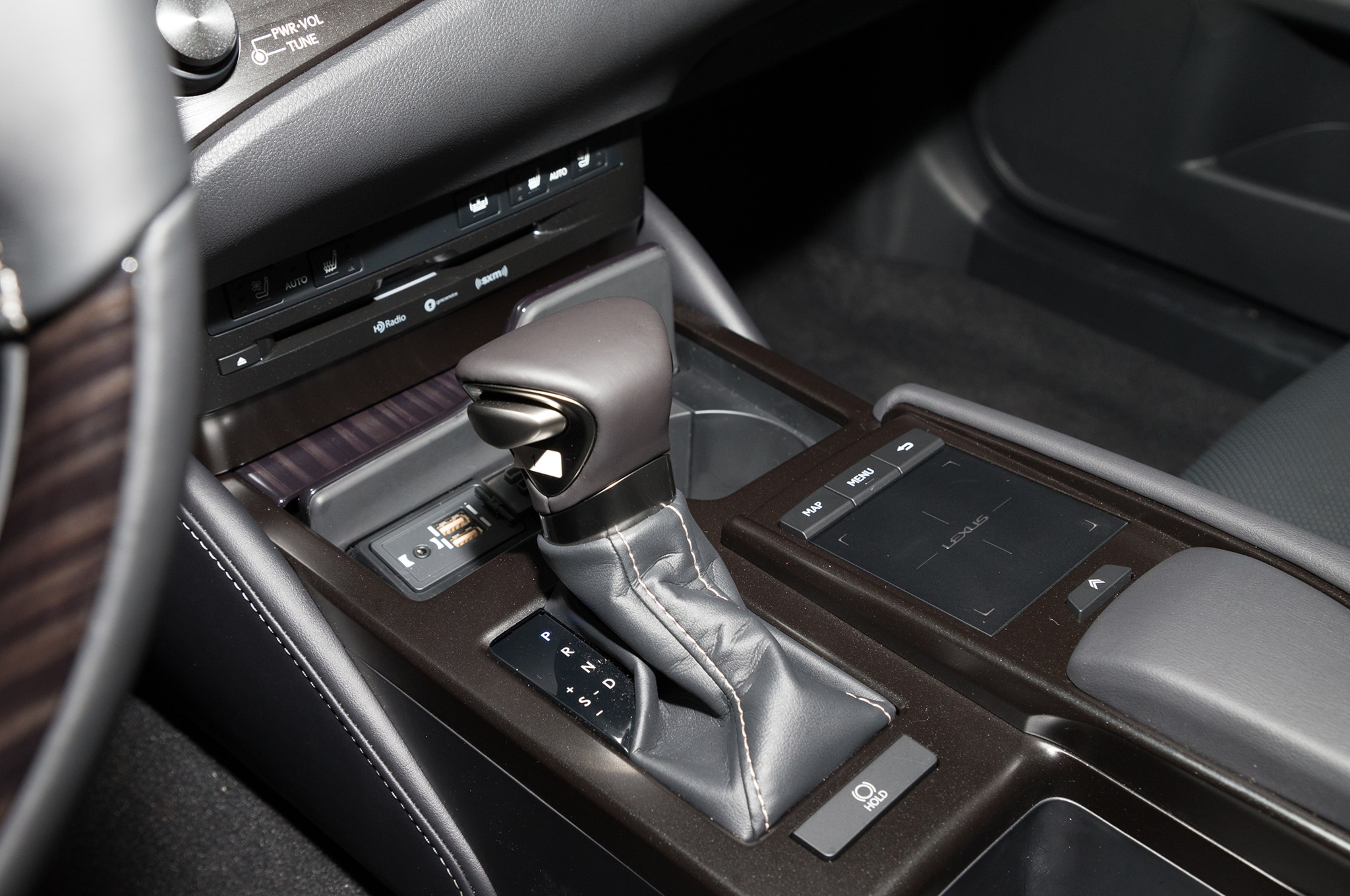 2019 Lexus Es Makes Double Debut In Palos Verdes And