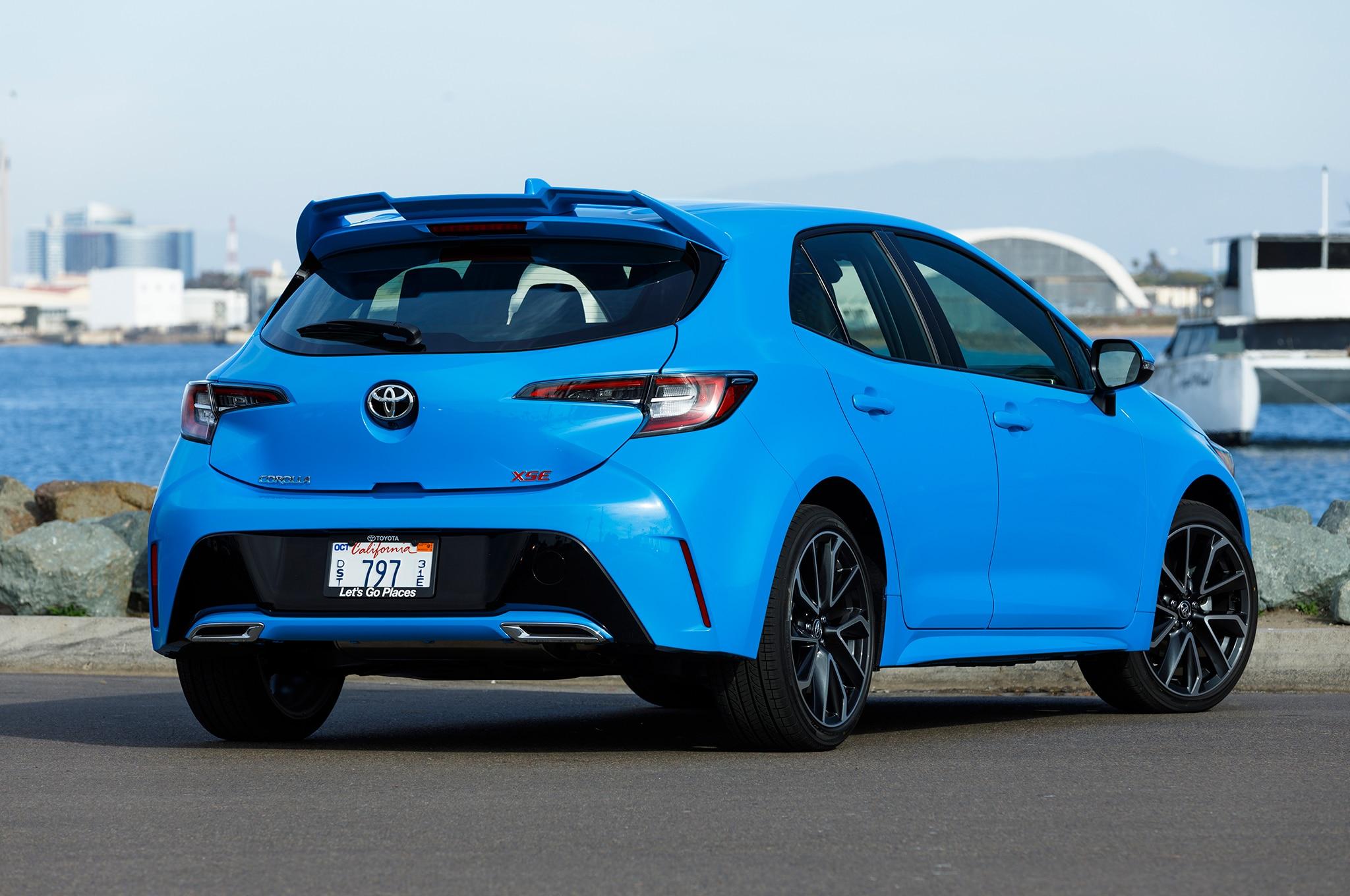 2019 Toyota Corolla Hatchback Gets 20 910 Starting Price
