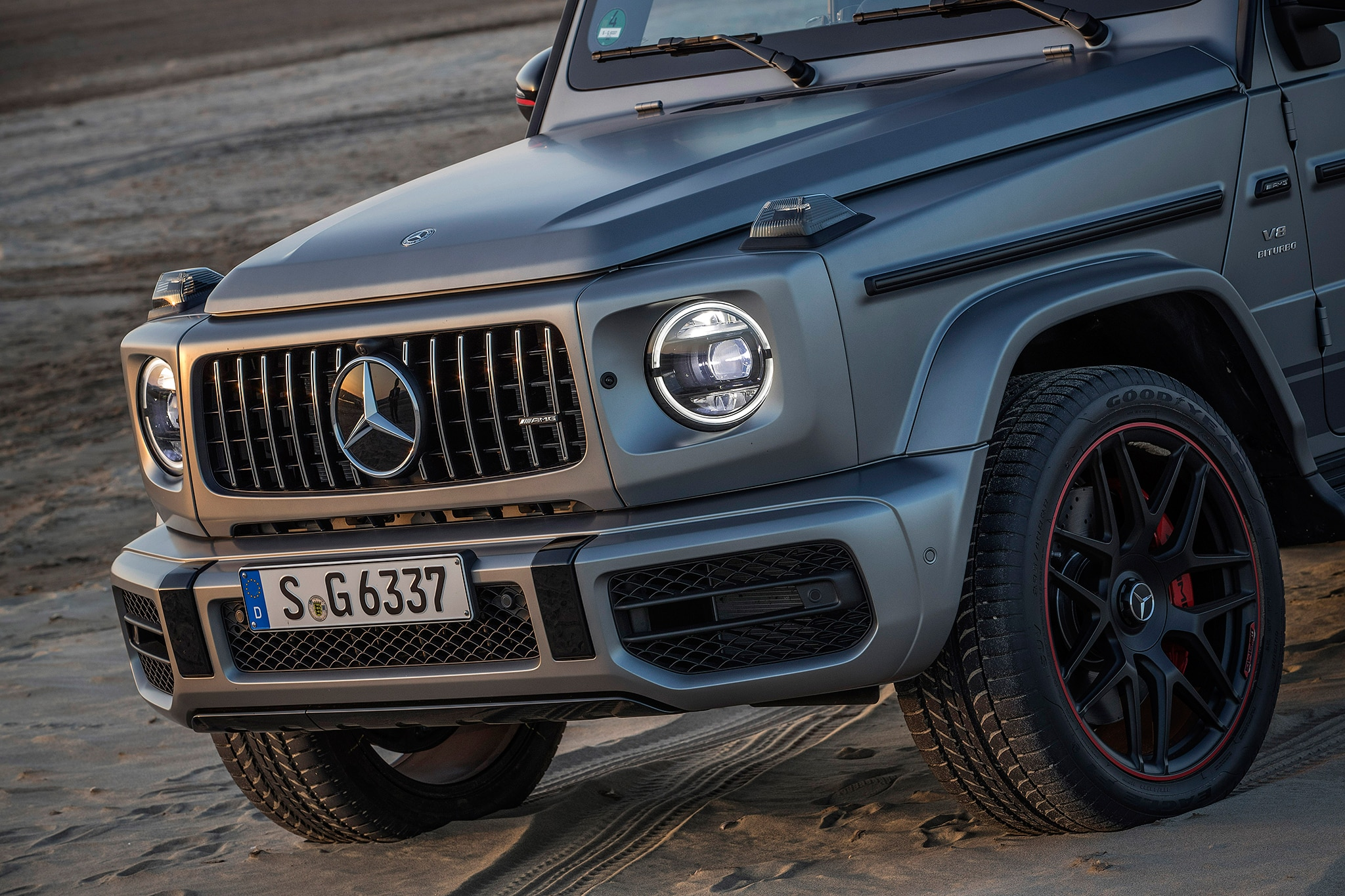 2019 mercedes benz g class begins production automobile. Black Bedroom Furniture Sets. Home Design Ideas