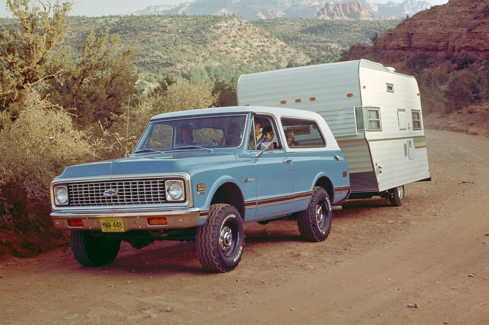 Everything You Want To Know About The Chevrolet Blazer Automobile Chevy Engine Description S 10