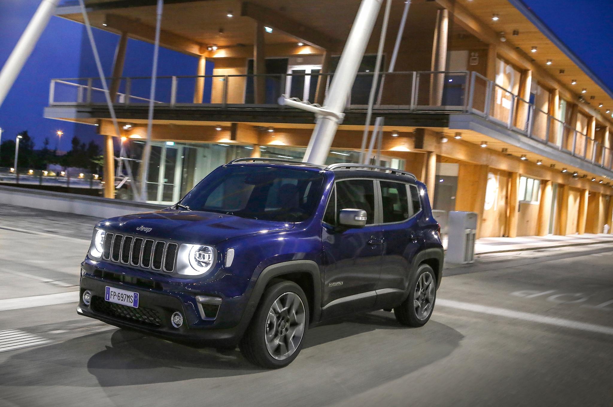 The Comprehensive 2019 Jeep Renegade Photo Gallery Automobile Magazine