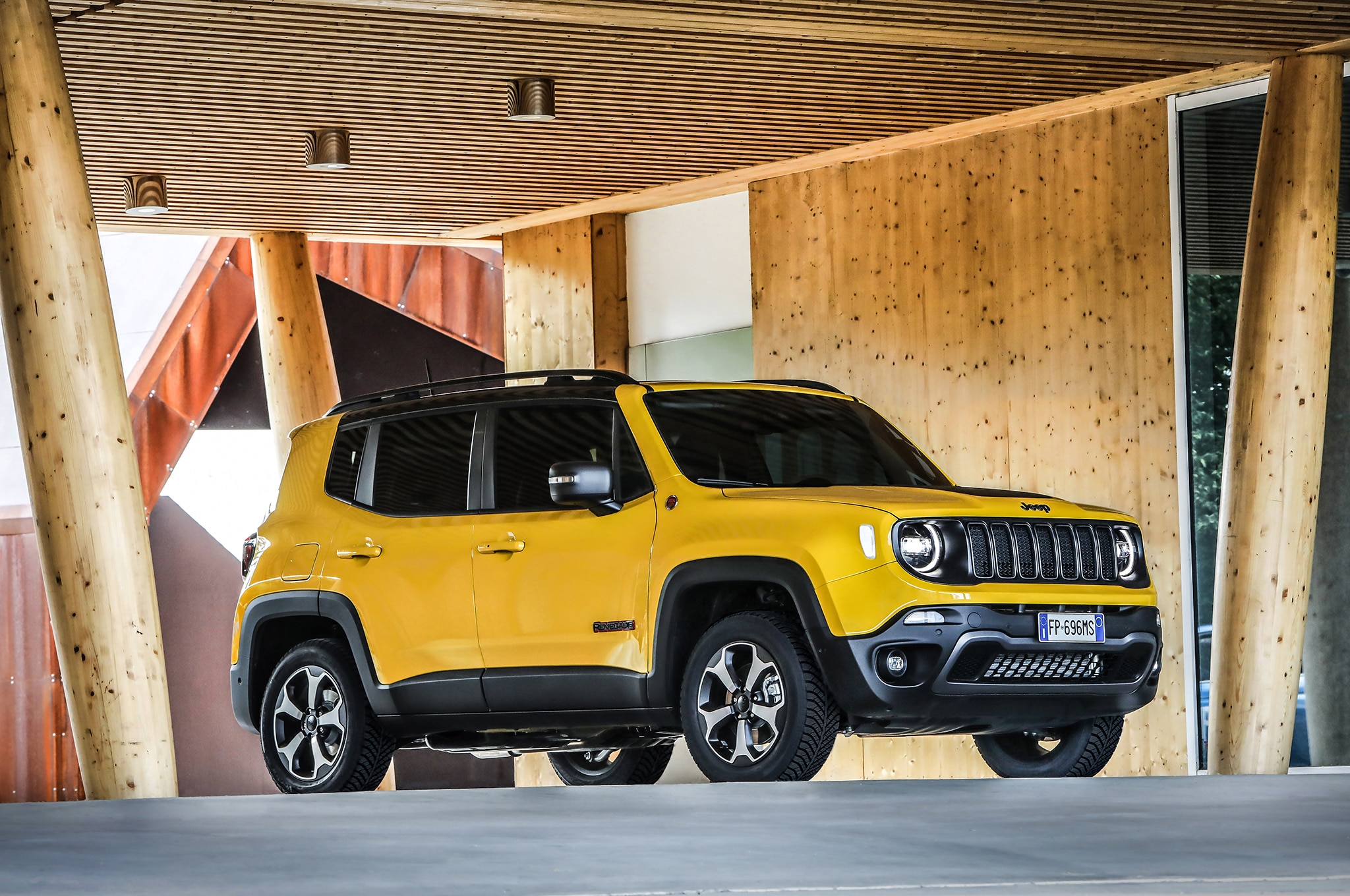 The Comprehensive 2019 Jeep Renegade Photo Gallery Automobile Magazine