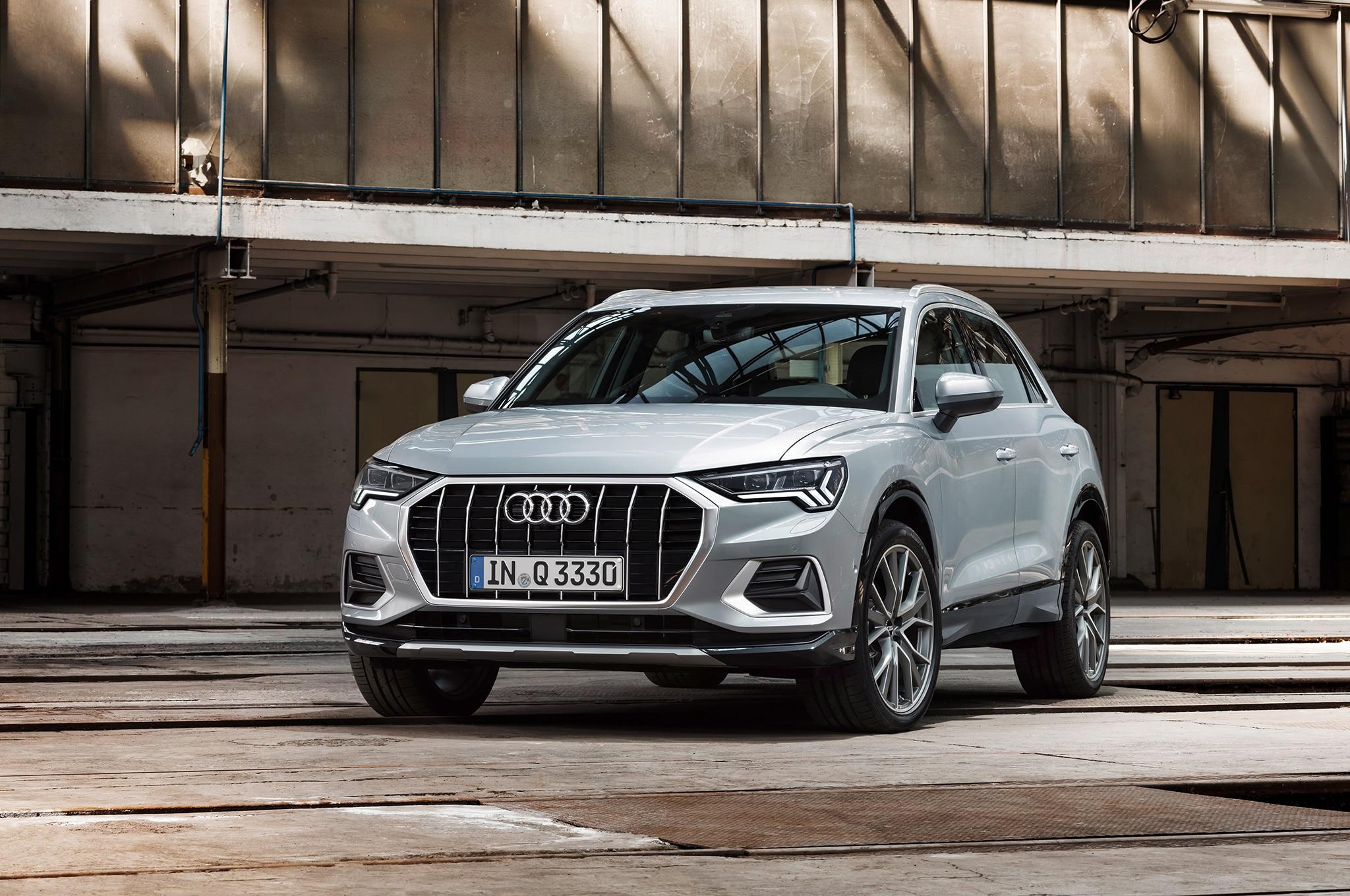 2019 Audi Q3 Front Three Quarter 02