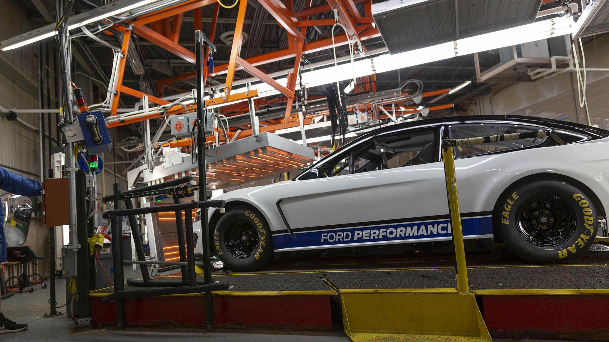 Ford Mustang Nascar Teams