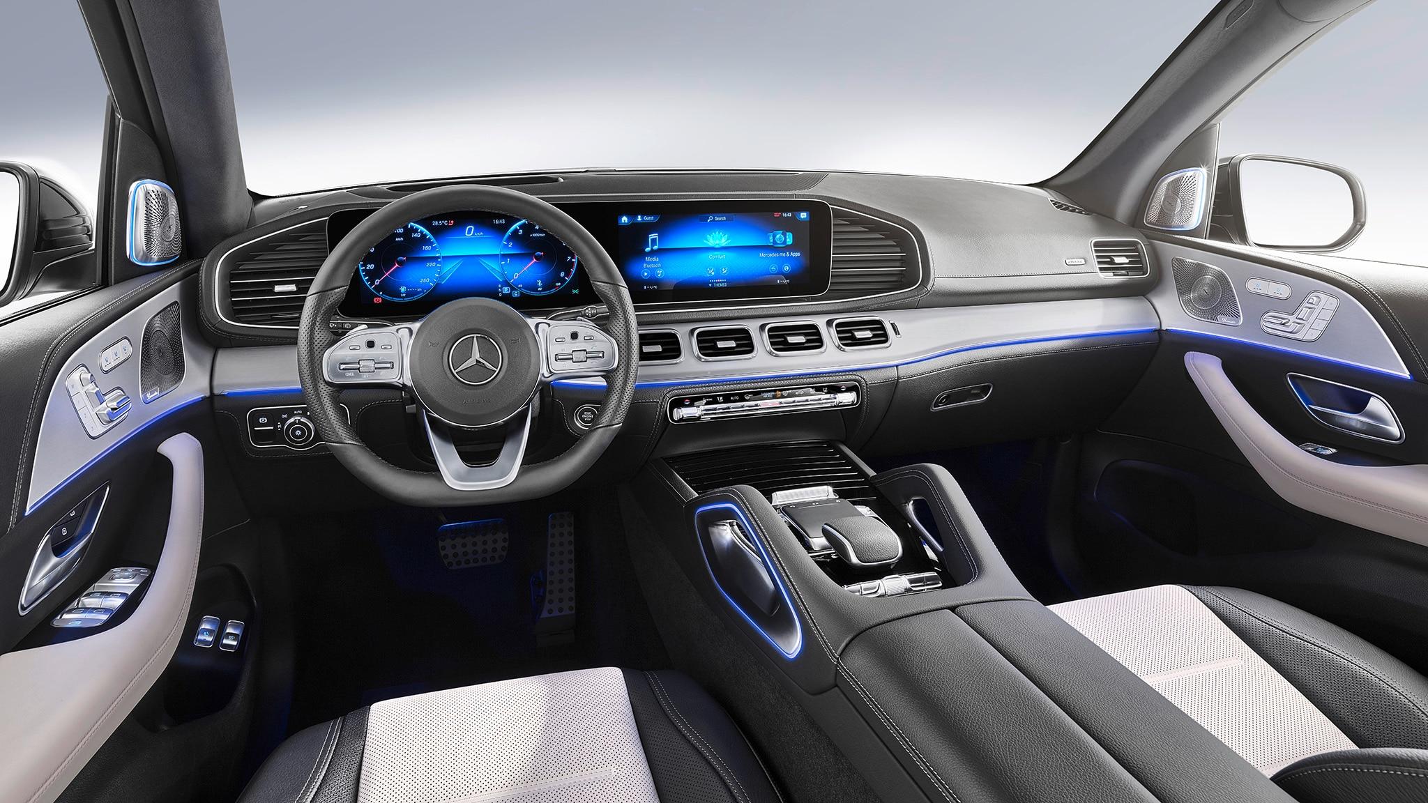 2020 mercedes benz gle grows up automobile magazine. Black Bedroom Furniture Sets. Home Design Ideas