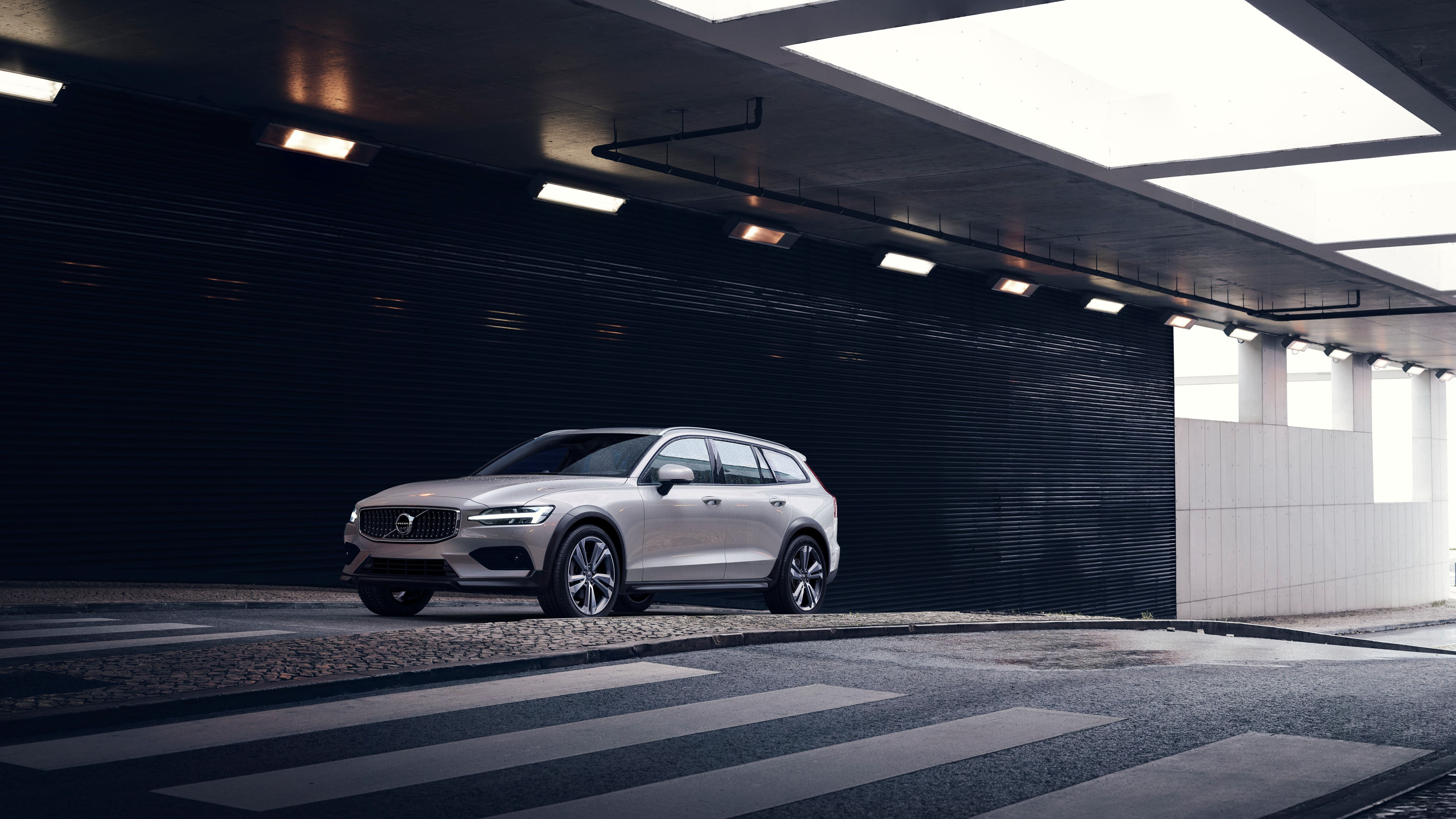 2020 Volvo V60 Cross Country Makes First Appearance Automobile