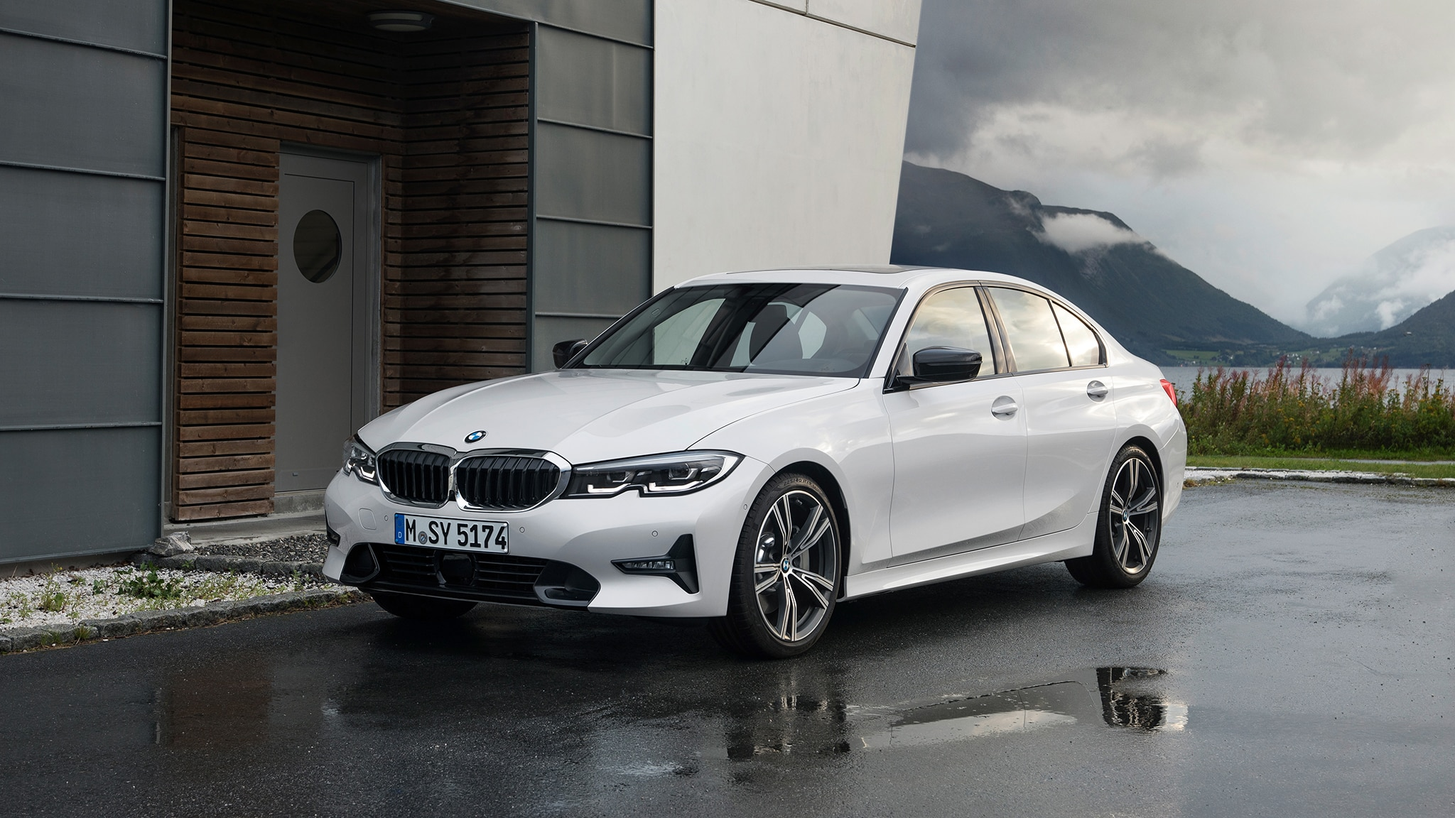 2019 Bmw 3 Series Design Analysis Exterior Interior Details