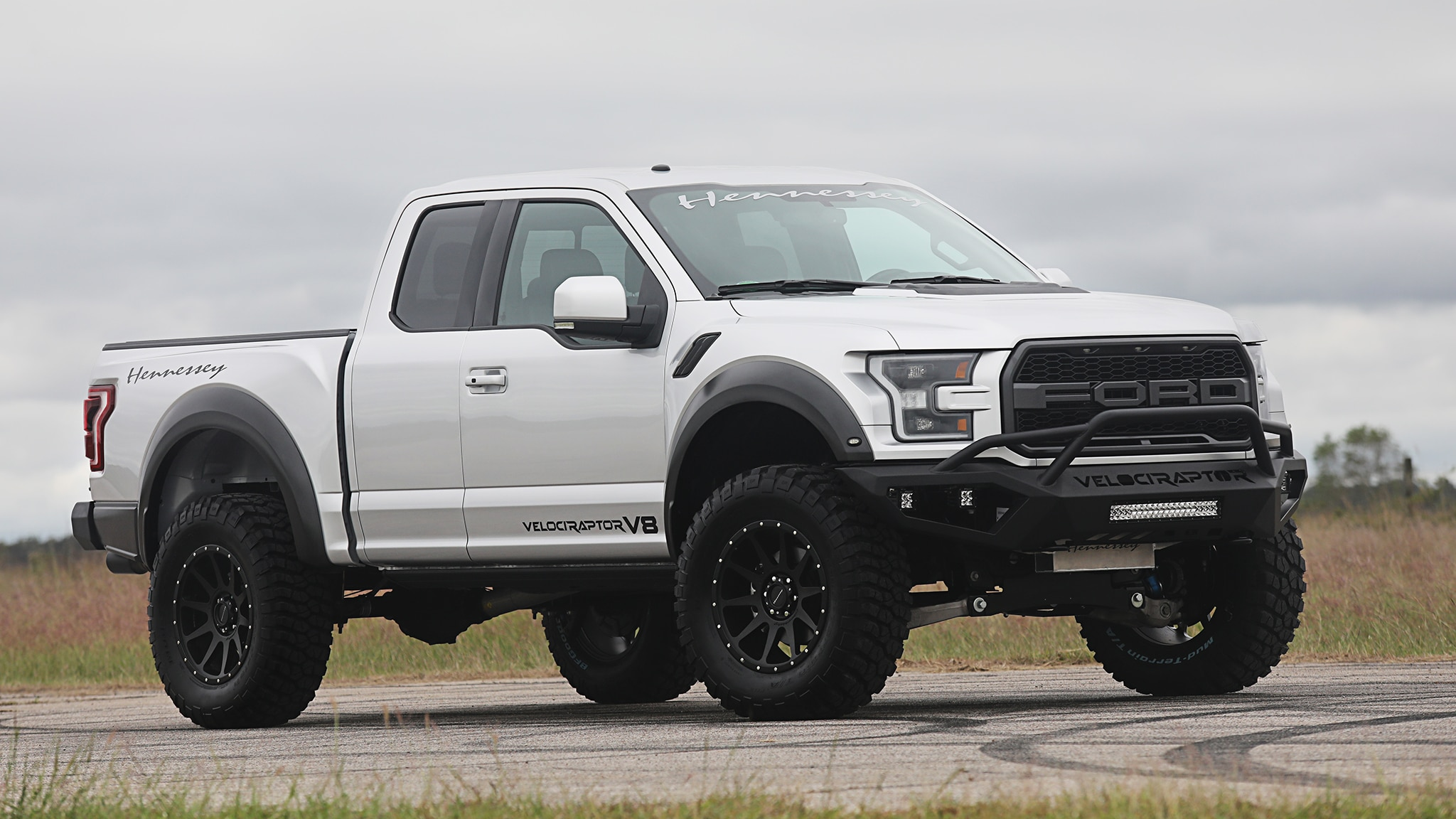 Hennessey Ford F-150 Raptor Packs a 758-Horsepower Supercharged V-8 | Automobile Magazine