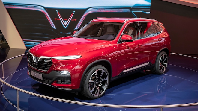 VinFast LUX SA20 SUV Front Three Quarter Show Stand