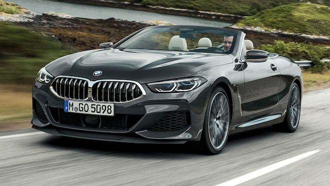 2019 BMW M850i Convertible Front Side Motion Closer