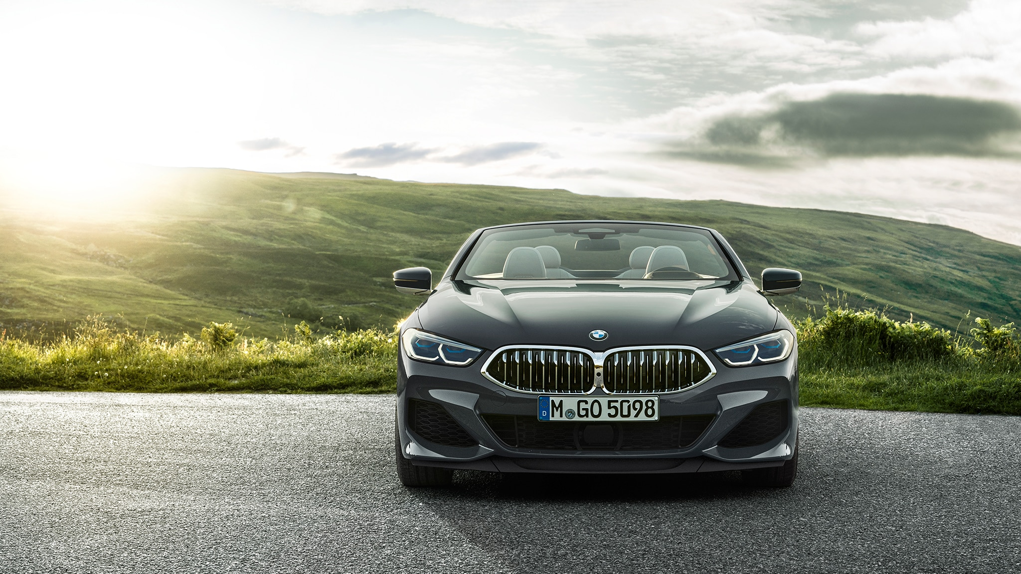 2019 BMW M850i Convertible Front View With Sun