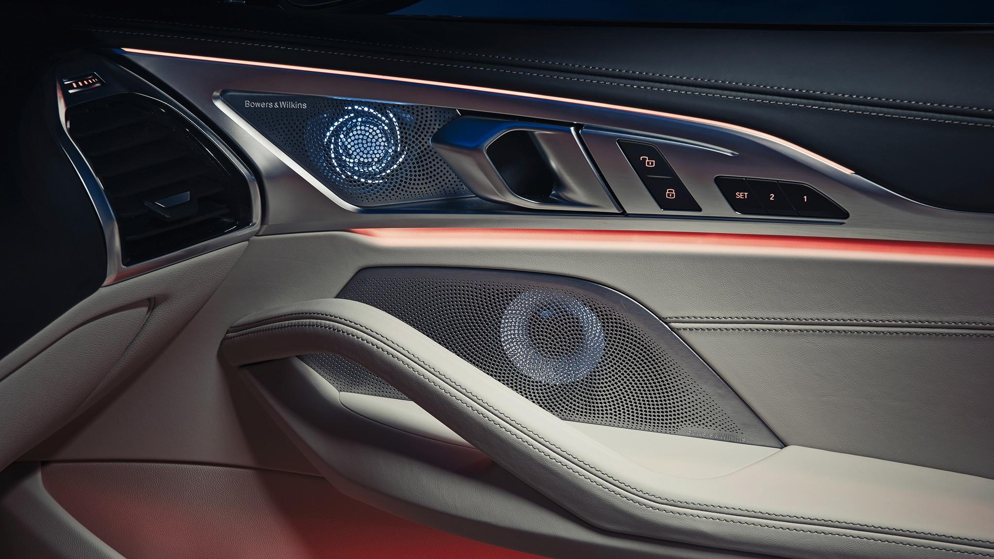 2019 BMW M850i Convertible Interior Door Panel With Lighting