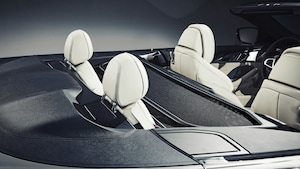 2019 BMW M850i Convertible Rear Seats With Wind Blocker