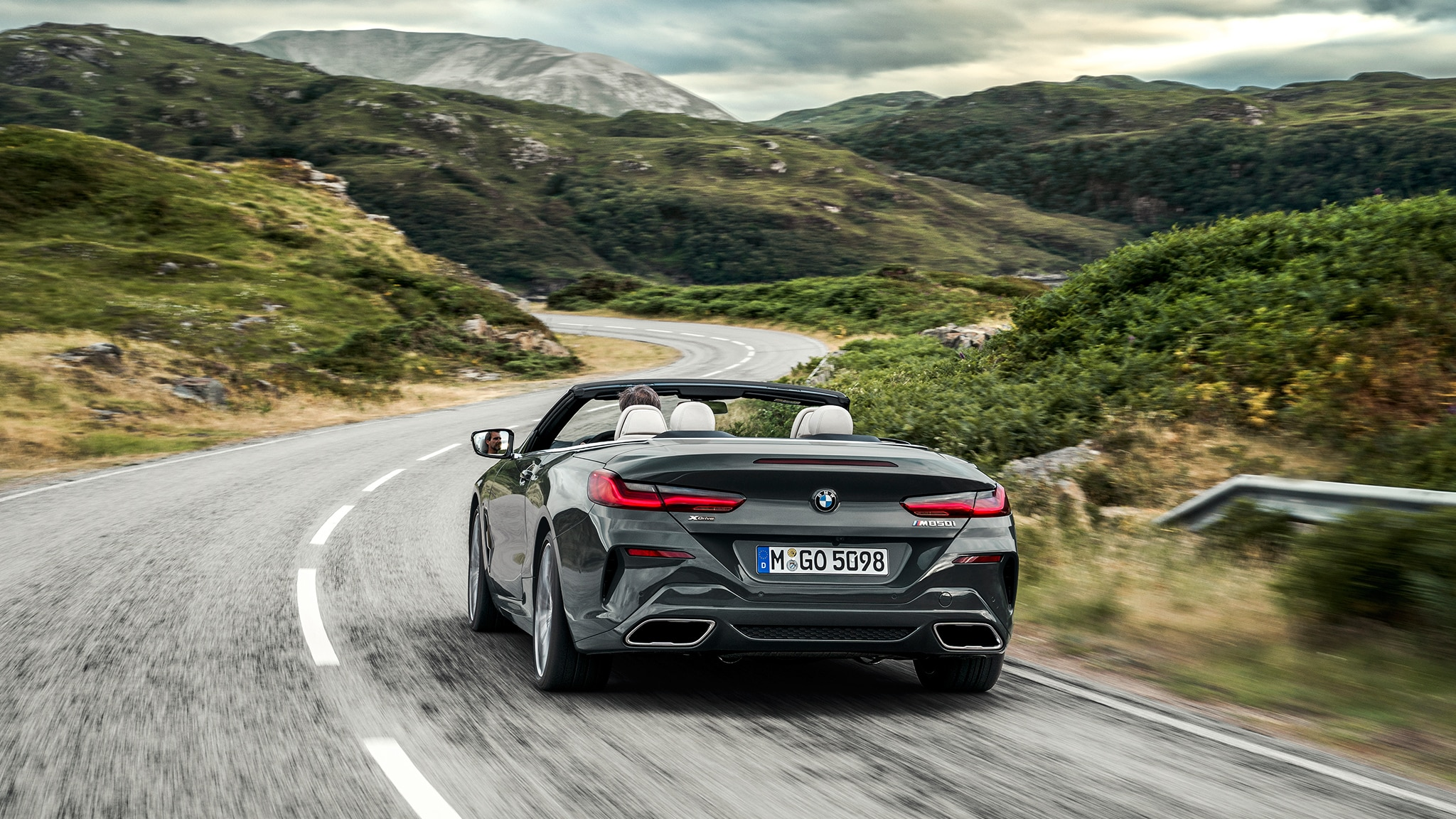 2019 BMW M850i Convertible Rear View Around Curve