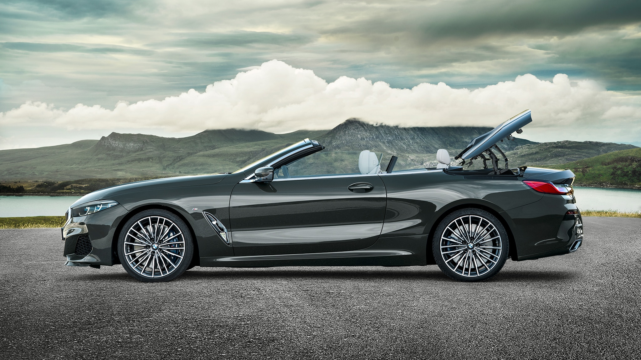 2019 BMW M850i Convertible Top Going Down 4