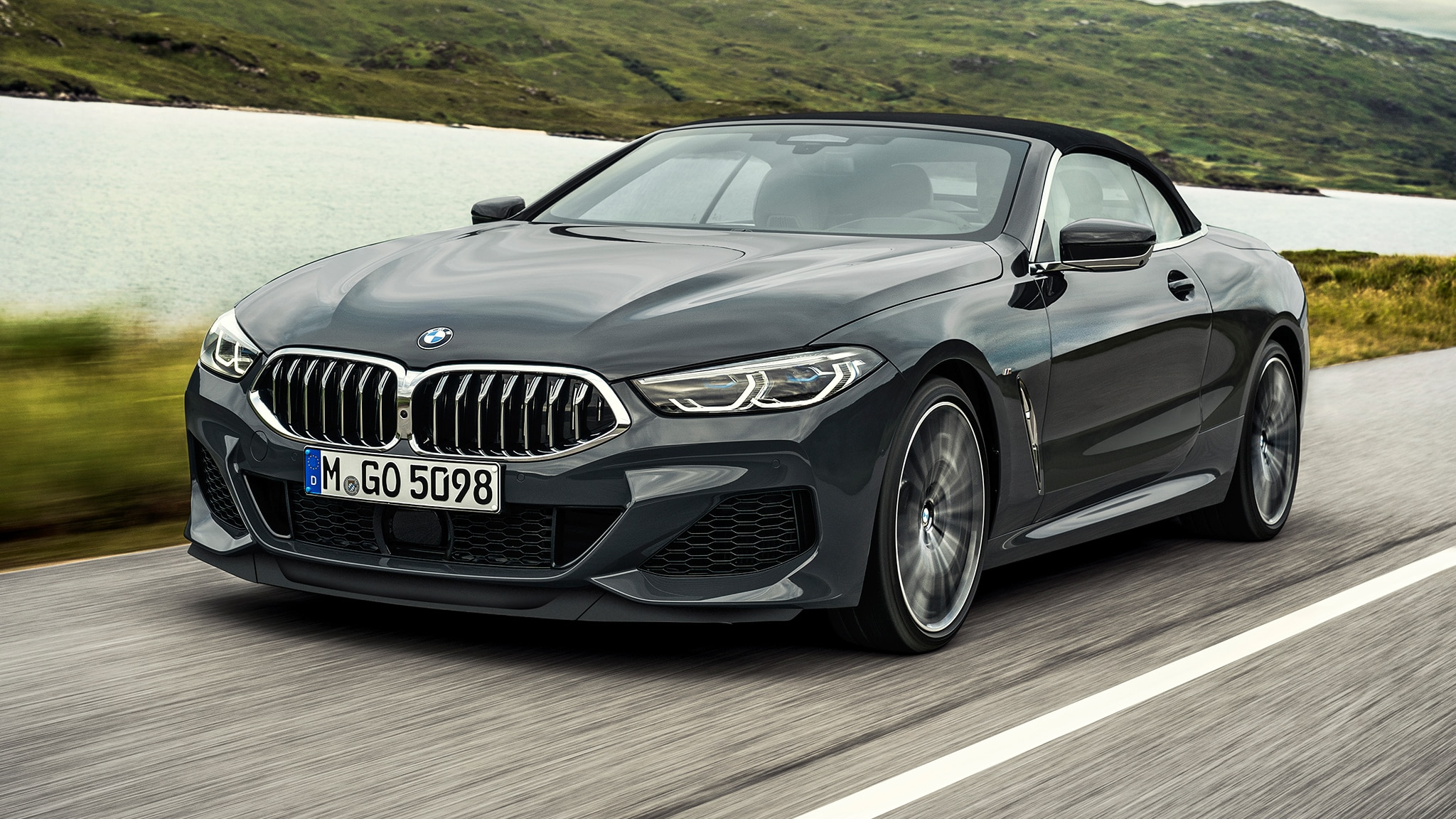 2019 BMW M850i Convertible Top Up In Motion