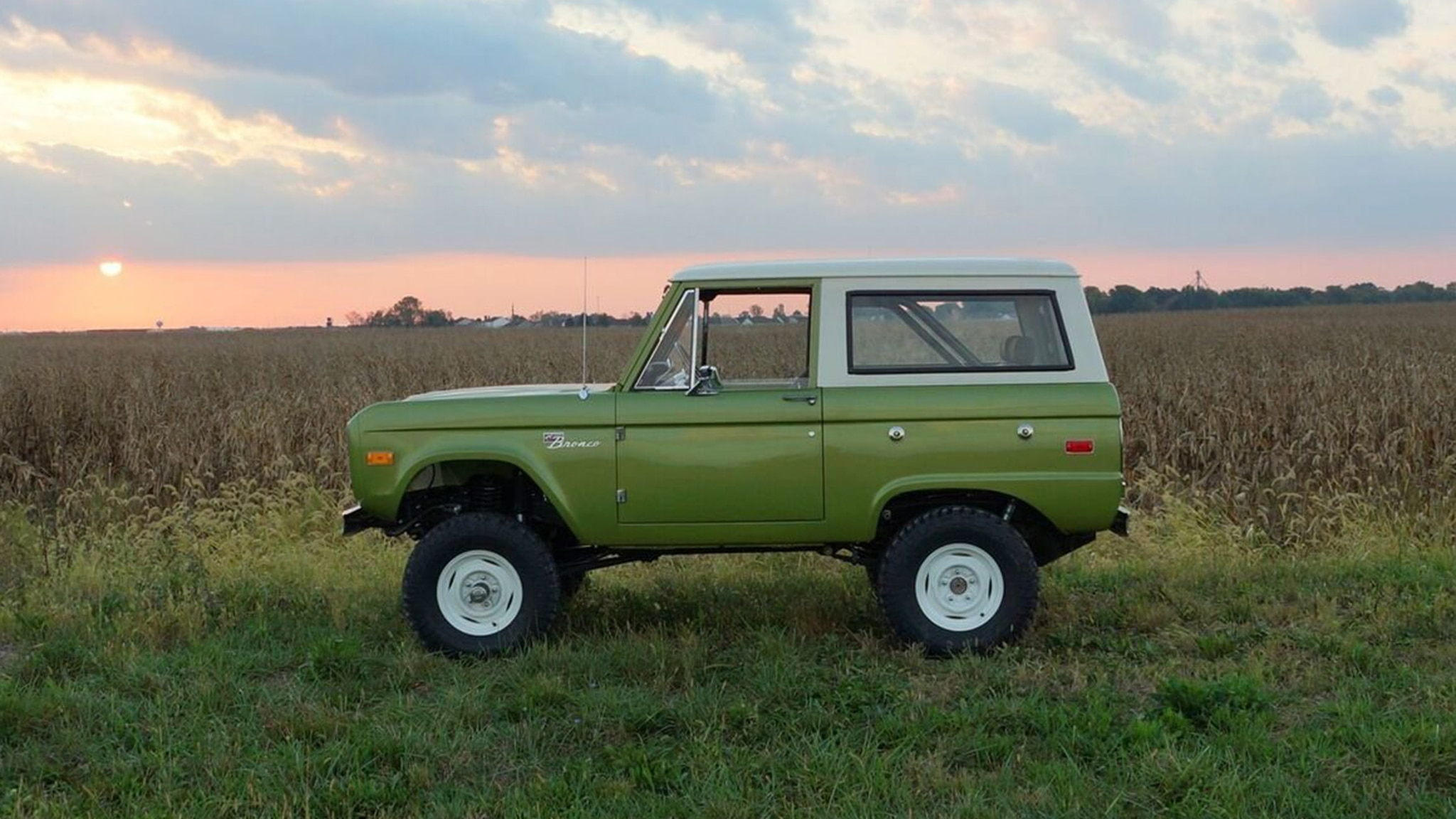 Brand New Vintage Ford Broncos Are Now Available