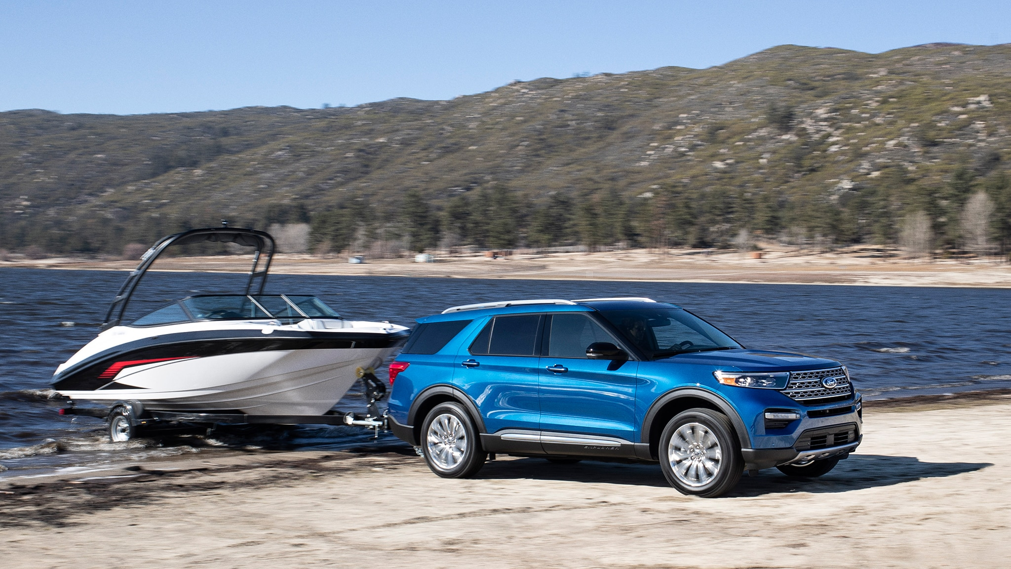 2020 ford explorer driven   in hybrid police form