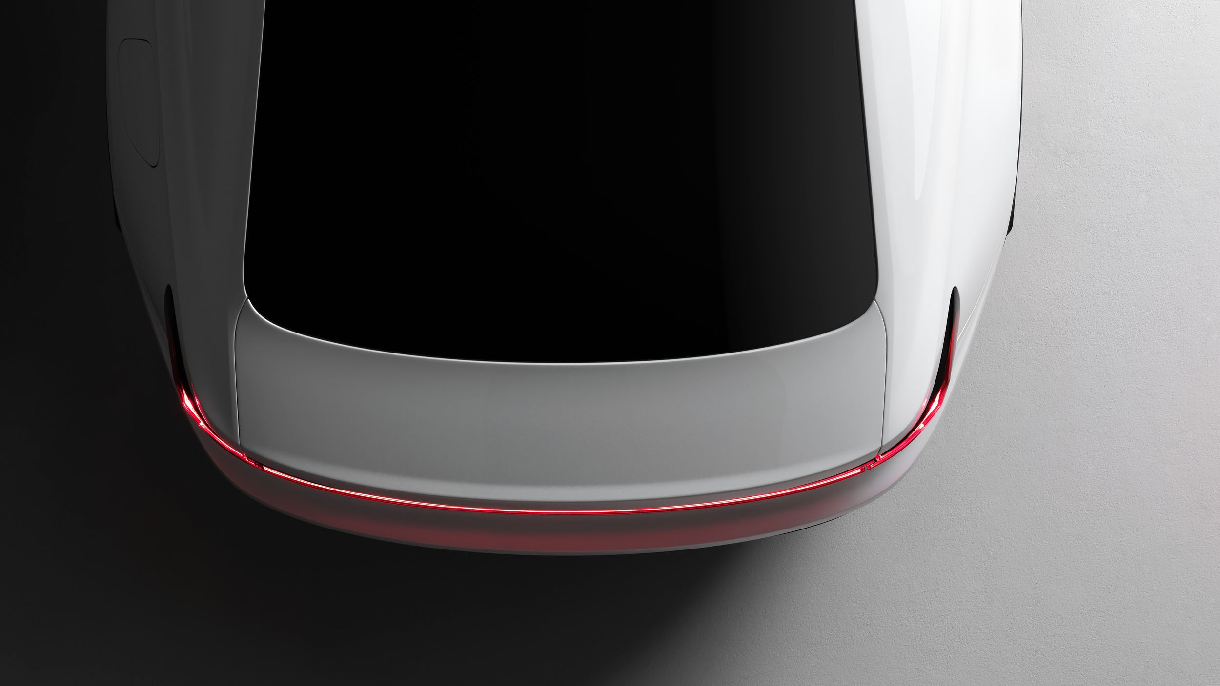Polestar 2 gets teased - up to 483 km of range, 400 hp