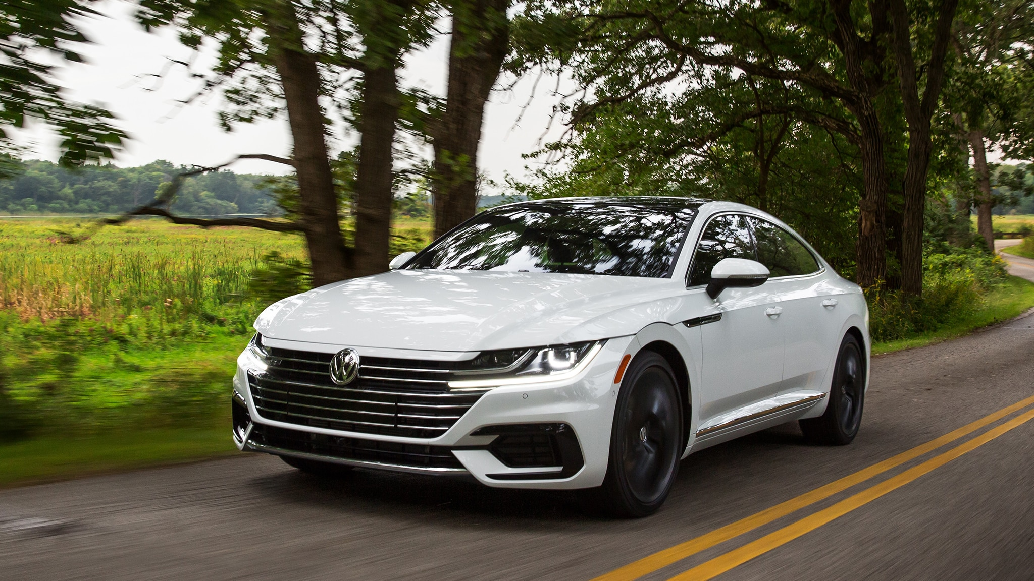 vw arteon a road trip through germany in a swoopy sedan. Black Bedroom Furniture Sets. Home Design Ideas