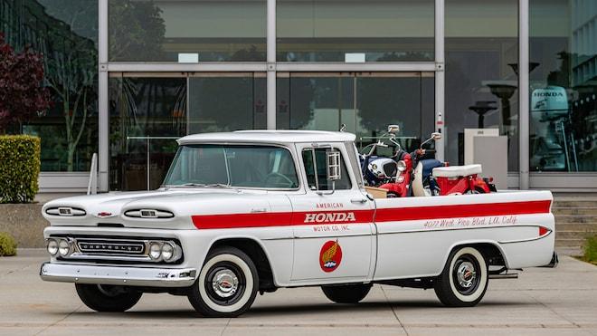 1961 Chevrolet Honda Delivery Truck Replica 01