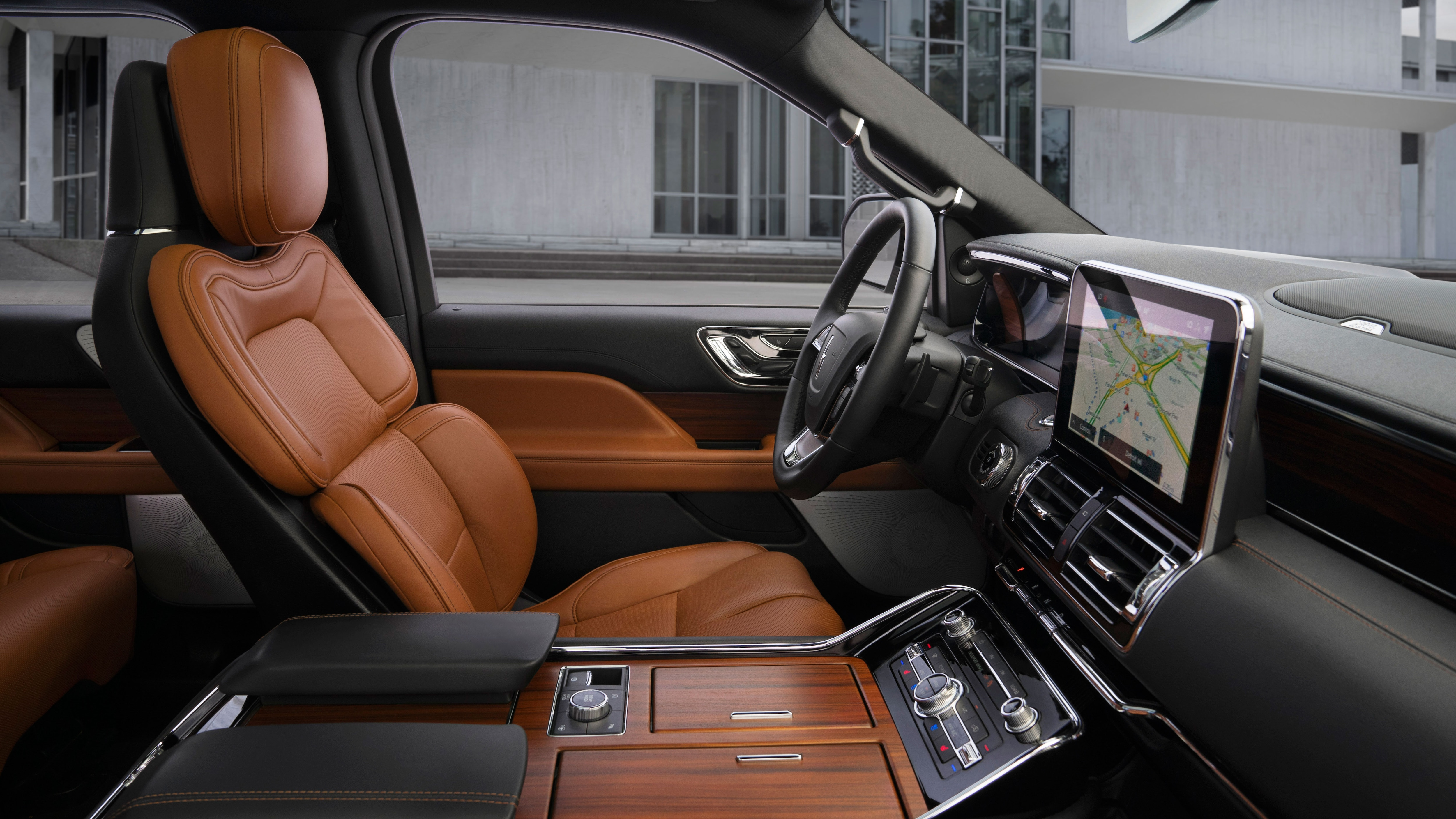 The 2020 Lincoln Navigator Gets All Monochrome Y With New