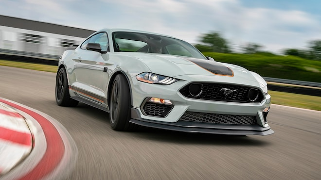 2021 Ford Mustang Mach 1 17
